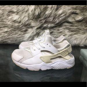 Nike Air Huarache Triple White Platinum Sz 1 Y